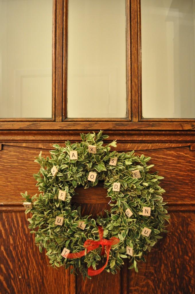 scrabble wreath, lindsay zier-vogel, christmas crafts